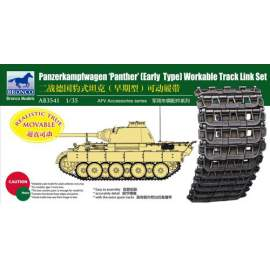 Bronco 1:35 Panther Early Type Workable Track LinkSet