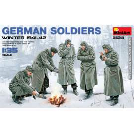 Miniart - 1:35 German Soldiers (Winter 1941-42)