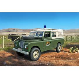 "Italeri 1:35 LAND ROVER Series III 109 ""Guardia Civil"""