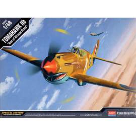 Academy 1:48 Curtiss Tomahawk IIb ´Ace of African Front´ repülő makett