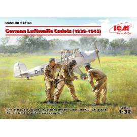 ICM 1:32 German Luftwaffe Cadets (1939-1945) (3 figures) figura makett
