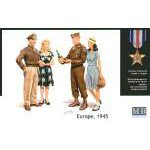 Masterbox 1:35 Europe 1945. 2 x G.I.Joes and 2 x Female companions