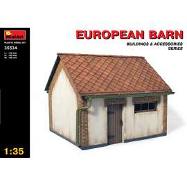 Miniart 1:35 - European Barn (complete building)