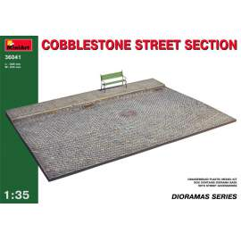 Miniart 1:35 - Cobblestone Street Section