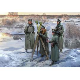 Zvezda 1:72 German HQ Winter figura makett