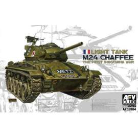 AFV-Club 1:35 M24 Chaffee Light Tank the First Indochi harcjármű makett