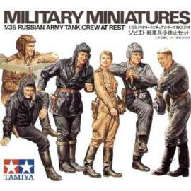 Tamiya 1:35 Russian tank crew at rest figura makett