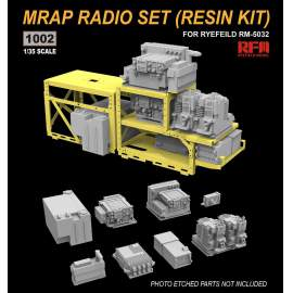 Ryefield model 1:35 MRAP radio set