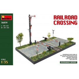 Miniart 1:35 Railroad Crossing