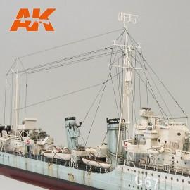 AK Interactive Elastic rigging bobbin Hyper-thin (Suitable for 1:72 / 1:350 / 1:700)